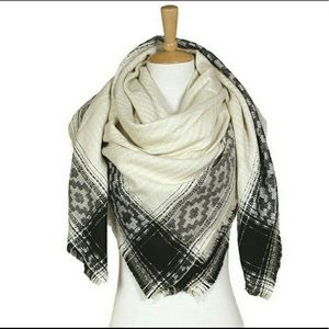 Abstract Print Blanket Scarf